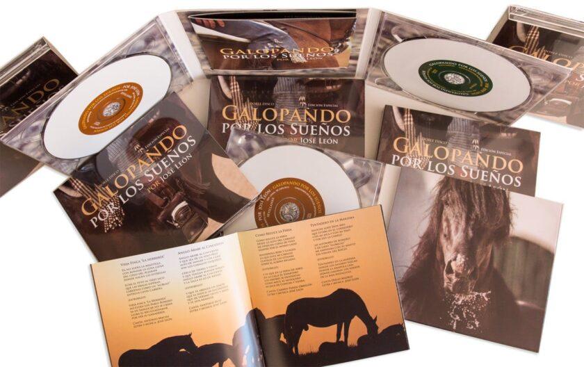 """Album """"Galopando por los suenos"""" por José León"""