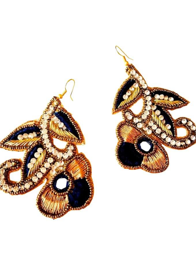 Javier jet earrings